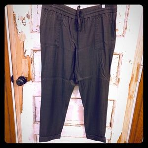 Summer must have grey pants with pockets.